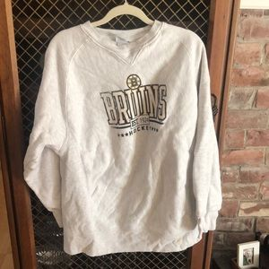 Retro bruins crew neck